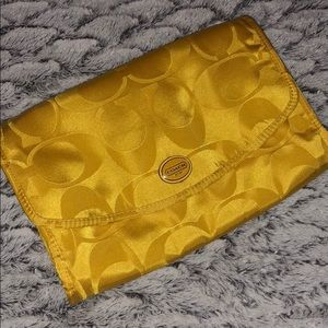 NWOT COACH Yellow Hanging Travel Toiletries Pouch